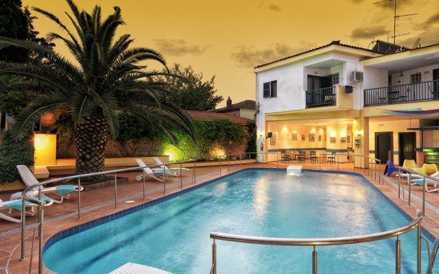 Отель Elia Apartments Греция, Афитос - отзывы, цены и фото номеров - забронировать отель Elia Apartments онлайн вид на фасад