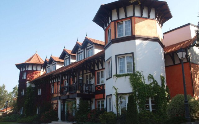 Hotel Torres de Somo вид на фасад