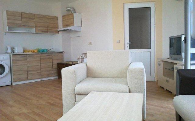 Отель Apartcomplex Perla Болгария, Солнечный берег - отзывы, цены и фото номеров - забронировать отель Apartcomplex Perla онлайн комната для гостей