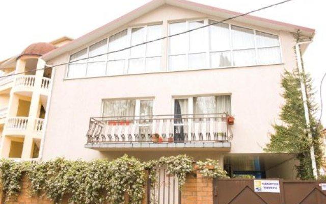 Гостиница Guest House Lavra вид на фасад