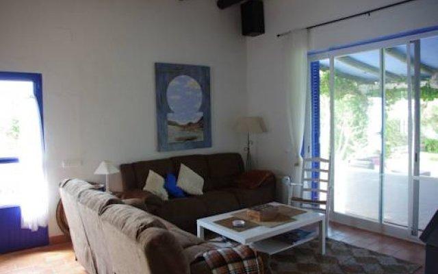 Отель Casa Nube Conil Испания, Кониль-де-ла-Фронтера - отзывы, цены и фото номеров - забронировать отель Casa Nube Conil онлайн комната для гостей