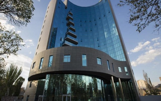 DoubleTree by Hilton Hotel Yerevan City Centre in Yerevan, Armenia from 67$, photos, reviews - zenhotels.com hotel front