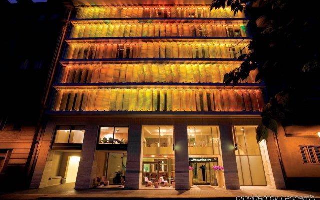 Lanchid 19 Design Hotel вид на фасад