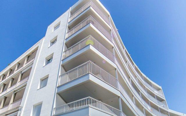 Отель Palmeras 4.4 Испания, Курорт Росес - отзывы, цены и фото номеров - забронировать отель Palmeras 4.4 онлайн вид на фасад