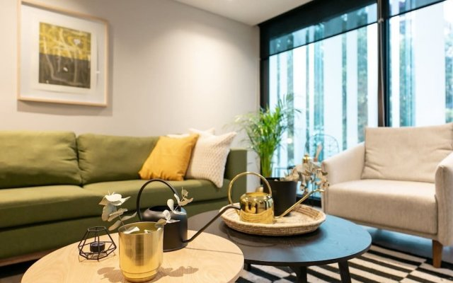 Отель Luxury 1br Condo With Balcony in Polanco Мехико