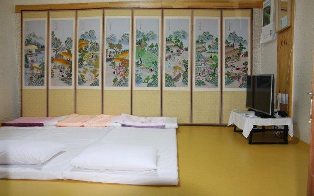 Отель Dajayon Hanok Stay Южная Корея, Сеул - отзывы, цены и фото номеров - забронировать отель Dajayon Hanok Stay онлайн комната для гостей