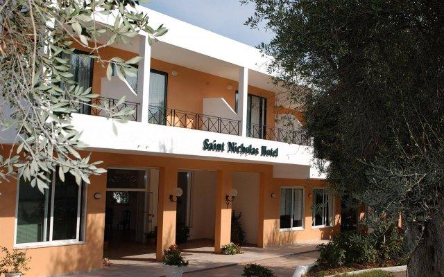 Saint Nicholas Hotel вид на фасад