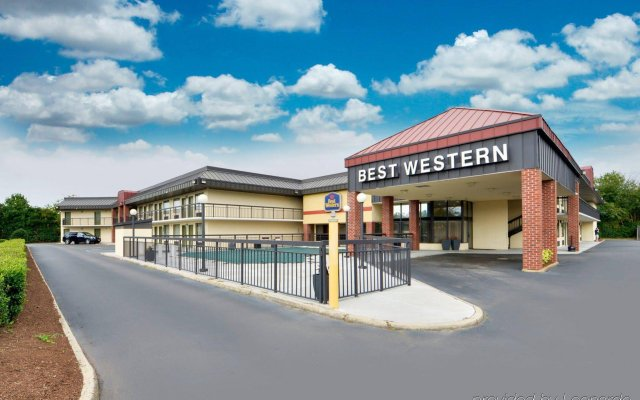 Отель Best Western Center Inn США, Вирджиния-Бич - отзывы, цены и фото номеров - забронировать отель Best Western Center Inn онлайн вид на фасад