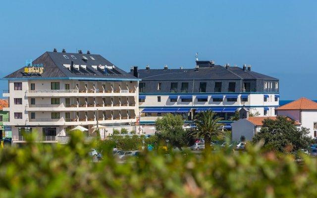 Hotel Astuy вид на фасад