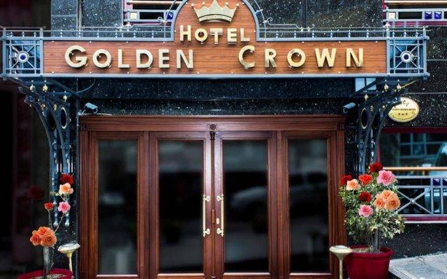 Hotel Golden Crown вид на фасад