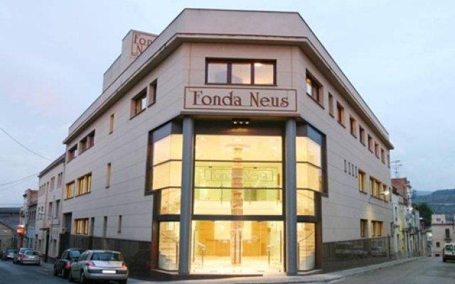 Hotel Fonda Neus вид на фасад