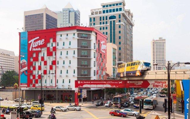 Отель MoMo's Kuala Lumpur Малайзия, Куала-Лумпур - отзывы, цены и фото номеров - забронировать отель MoMo's Kuala Lumpur онлайн вид на фасад