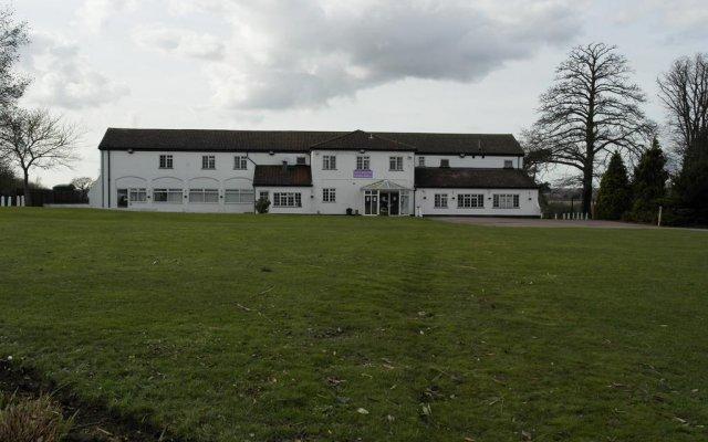 Beadlow Manor Hotel & Golf Club вид на фасад