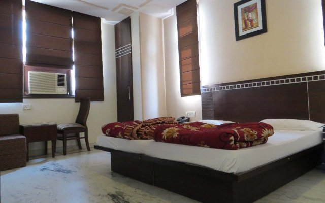 Отель Smyle Inn комната для гостей