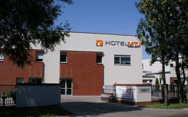 Hotel Mtj вид на фасад