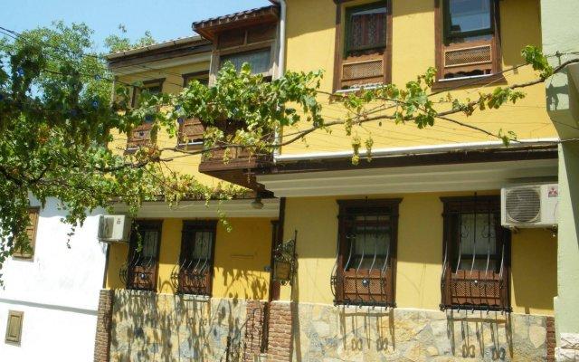 Отель Homeros Pension & Guesthouse вид на фасад