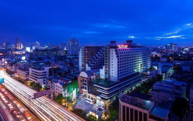 Отель Twin Towers Hotel Таиланд, Бангкок - 1 отзыв об отеле, цены и фото номеров - забронировать отель Twin Towers Hotel онлайн вид на фасад