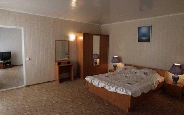Гостиница Кристалл (Геленджик) комната для гостей