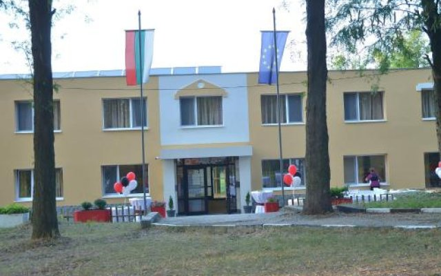 Hostel Rekar вид на фасад