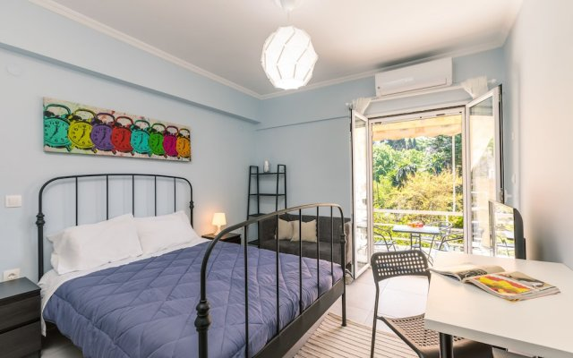 Bright apartment near Corfu town By Konnect