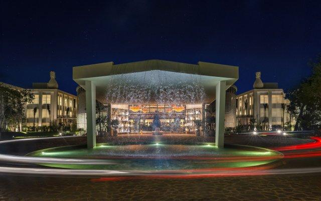 Отель Ocean Riviera Paradise Плая-дель-Кармен вид на фасад
