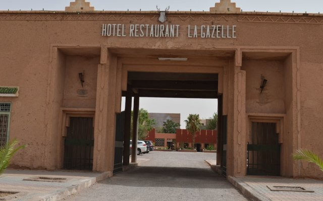 Отель Hôtel La Gazelle Ouarzazate Марокко, Уарзазат - отзывы, цены и фото номеров - забронировать отель Hôtel La Gazelle Ouarzazate онлайн вид на фасад