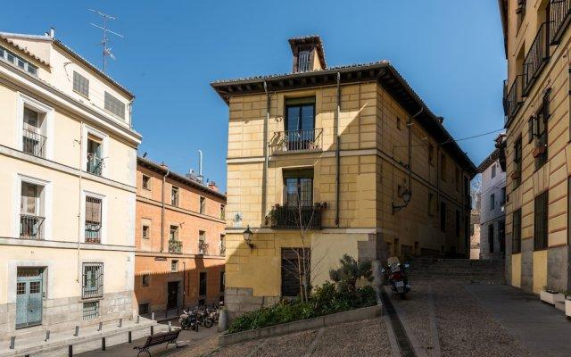 Отель Fantastic apartment Royal Palace Испания, Мадрид - отзывы, цены и фото номеров - забронировать отель Fantastic apartment Royal Palace онлайн