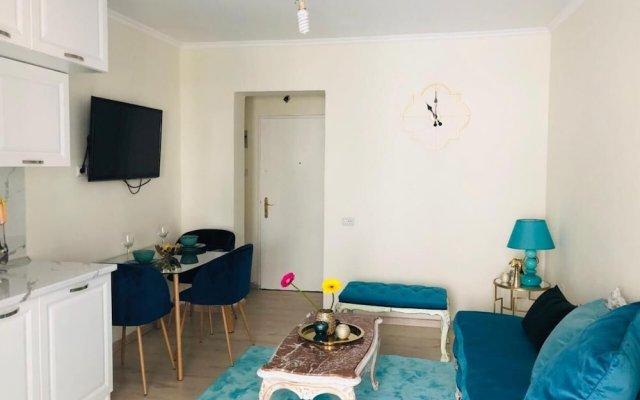 Апартаменты Choose Balkans Apartments Тирана комната для гостей