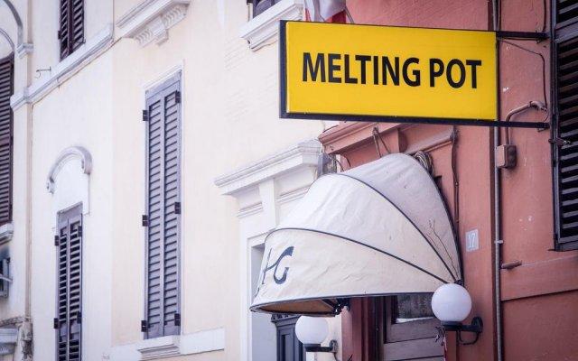 Hostel Melting Pot Rome вид на фасад