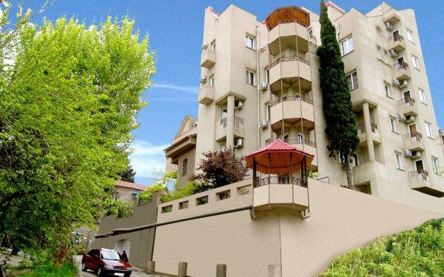 Отель Илиани вид на фасад