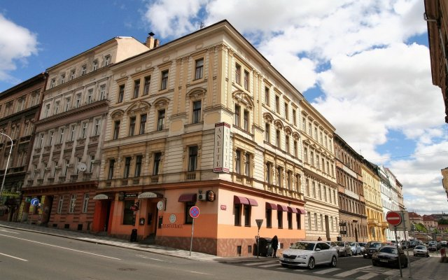 Отель Anette вид на фасад