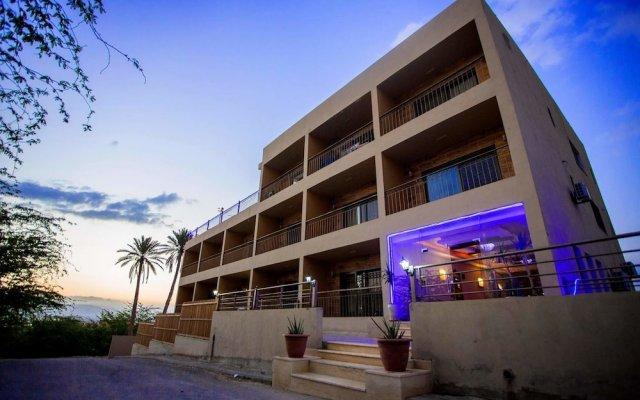 Отель Thara Dead Sea Иордания, Ма-Ин - 1 отзыв об отеле, цены и фото номеров - забронировать отель Thara Dead Sea онлайн вид на фасад