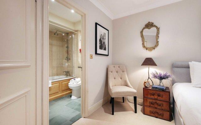 Отель The Gloucester Road Deluxe - JML комната для гостей
