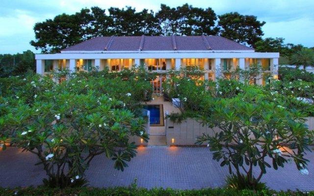 Отель Tadarawadi Pool Villa at Phoenix Golf вид на фасад
