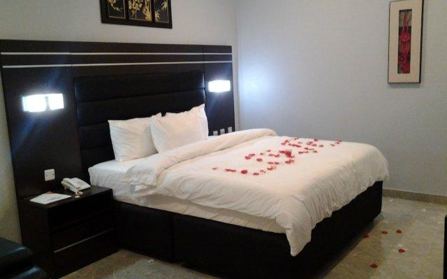 Отель Best Choice Hotel & Suites Enugu Нигерия, Энугу - отзывы, цены и фото номеров - забронировать отель Best Choice Hotel & Suites Enugu онлайн комната для гостей