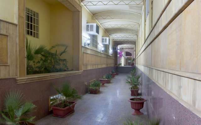 Al Farhan Hotel Suites Al Salam вид на фасад