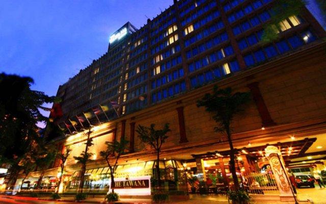 Отель The Tawana Bangkok вид на фасад