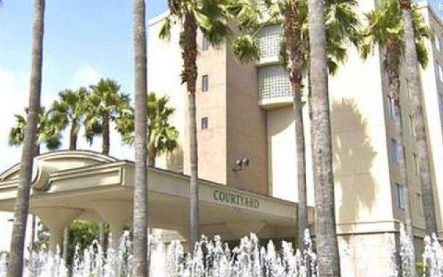 Courtyard by Marriott Los Angeles LAX/Century Boulevard