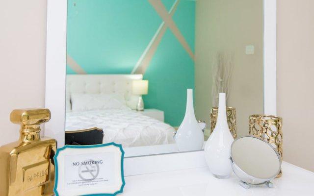 Отель Sparkle Luxury Ямайка, Кингстон - отзывы, цены и фото номеров - забронировать отель Sparkle Luxury онлайн комната для гостей