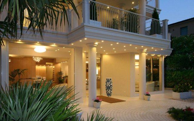 Hotel Gala вид на фасад