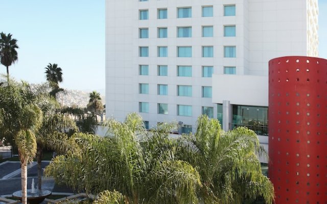 Отель Marriott Tijuana вид на фасад