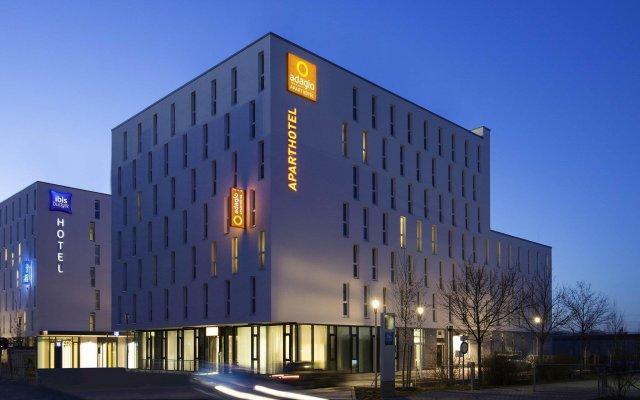 Отель Adagio access München City Olympiapark вид на фасад