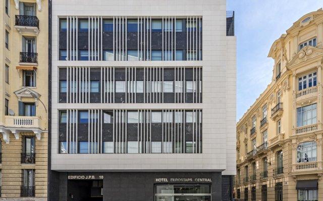 Hotel Eurostars Central вид на фасад