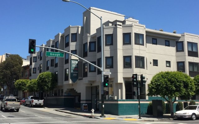 Отель Buena Vista Motor Inn вид на фасад