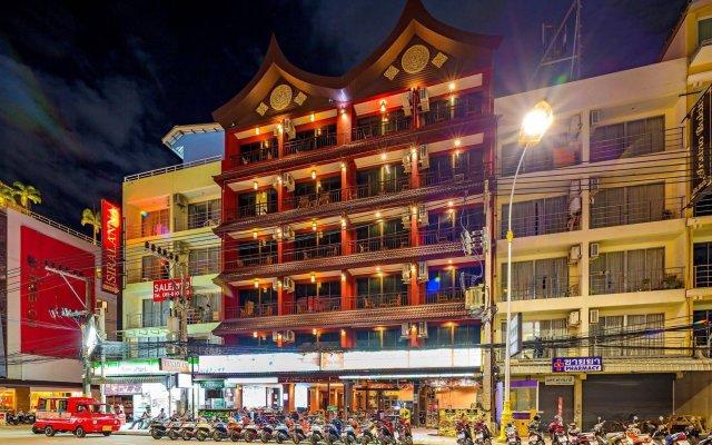 Tanawan Phuket Hotel вид на фасад
