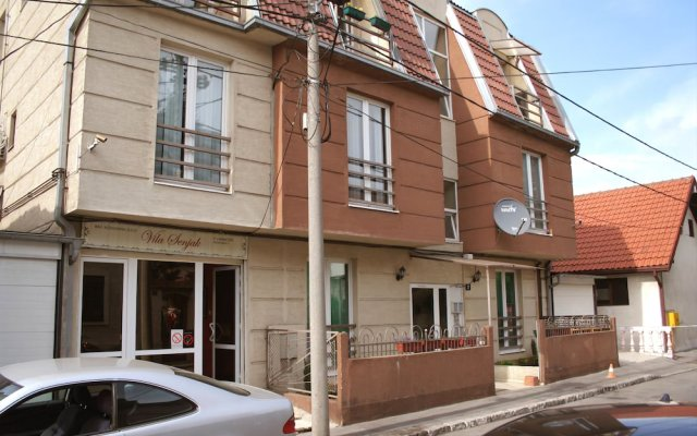 Отель Vila Senjak Сербия, Белград - 1 отзыв об отеле, цены и фото номеров - забронировать отель Vila Senjak онлайн вид на фасад