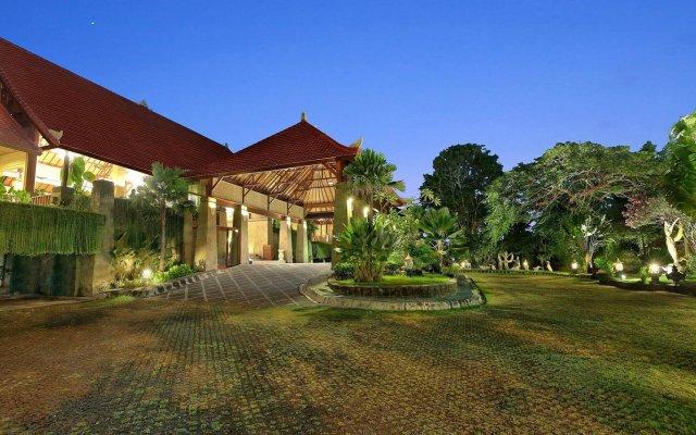 Отель The Grand Bali Nusa Dua Индонезия, Бали - 5 отзывов об отеле, цены и фото номеров - забронировать отель The Grand Bali Nusa Dua онлайн вид на фасад