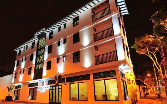 Отель Puerta de San Antonio Колумбия, Кали - отзывы, цены и фото номеров - забронировать отель Puerta de San Antonio онлайн вид на фасад