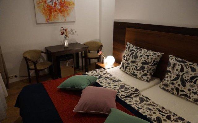 Отель Esfand Hostel Германия, Берлин - отзывы, цены и фото номеров - забронировать отель Esfand Hostel онлайн комната для гостей