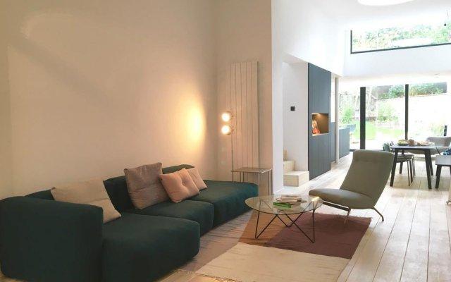 Отель B&B Caravan'Sérail Бельгия, Брюссель - отзывы, цены и фото номеров - забронировать отель B&B Caravan'Sérail онлайн комната для гостей